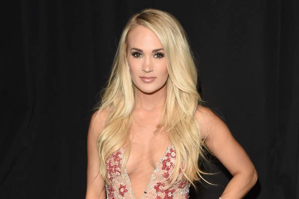 Carrie Underwood Bio best of cerrie personal life