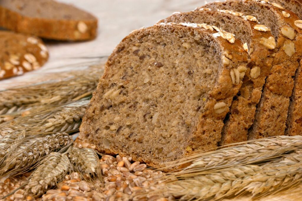 Eating grains may be a simple way to protect from heart disease