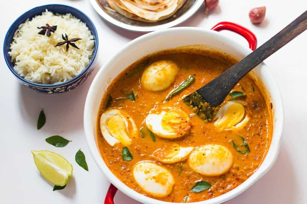 How to Make an Egg Curry