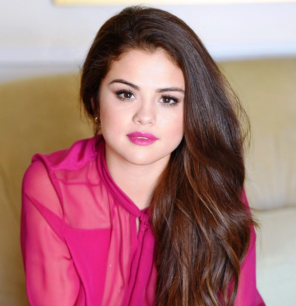 Selena Gomez Personal Life Bio net worth
