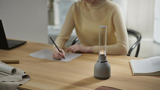 Sony reveals a new version of your portable lamp style speaker